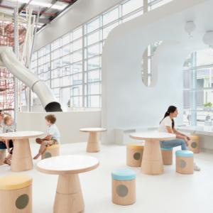 """Pequeños Emprendedores: """"La escuela del futuro"""""""
